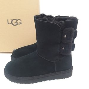 New UGG Bailey Fluff Buckle short boots Size 8